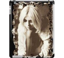 Momsen iPad Case/Skin