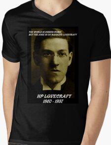 HP LOVECRAFT IN  MEMORY Mens V-Neck T-Shirt