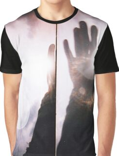 Wave goodbye Graphic T-Shirt