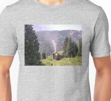 steam engine heading out of town Unisex T-Shirt