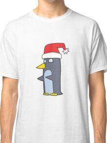 cartoon christmas penguin Classic T-Shirt
