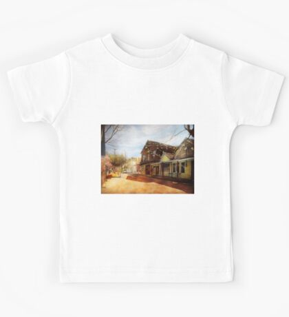 City - California - The town of Downieville 1933 Kids Tee