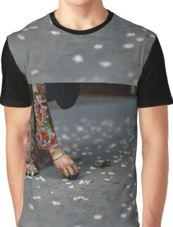flower collector  Graphic T-Shirt