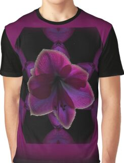 Framed Amaryllis Graphic T-Shirt
