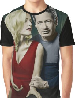 Gillian Anderson and David Duchovny Graphic T-Shirt