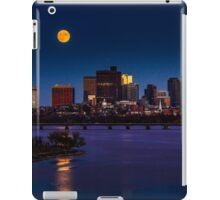Rising super moon in Boston. iPad Case/Skin