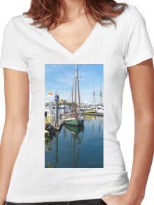 Harborside Mooring Women's Fitted V-Neck T-Shirt