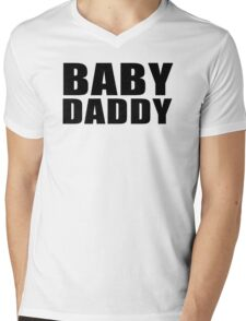 Baby Daddy T-Shirt Funny Daddy Fathers Day TEE Father to be Family Reunion Humor Mens V-Neck T-Shirt