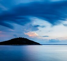 Storm moving in over Veli Osir Island at sunrise by Ian Middleton