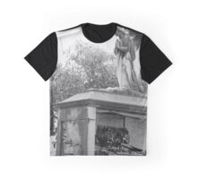 Old broken grave with angel  Graphic T-Shirt