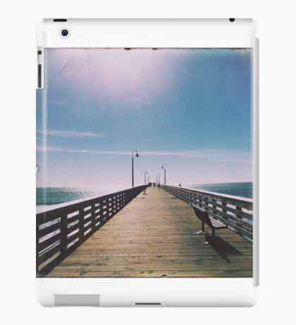 Empty Pier  iPad Case/Skin