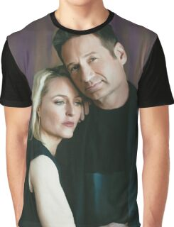 Gillian Anderson and David Duchovny oil color painting  Graphic T-Shirt