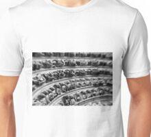A thousand souls – Notre Dame – Paris France Unisex T-Shirt