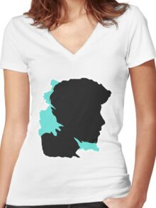 Shawn Silhouette // Nov Women's Fitted V-Neck T-Shirt