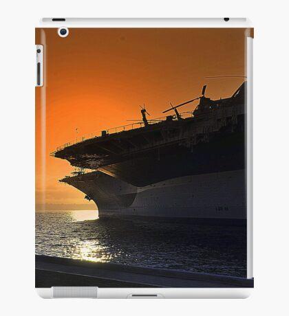 Midway Sunset iPad Case/Skin