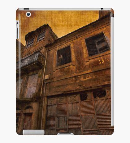 Urban Decay Porto Vintage Linen iPad Case/Skin