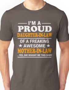 Proud Daughter In Law Of Awesome Mother In Law T-Shirt Unisex T-Shirt