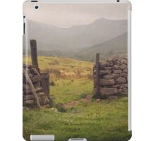 Nevis Mountian range iPad Case/Skin