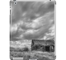 Cottonwood, Az - Monsoon clouds iPad Case/Skin