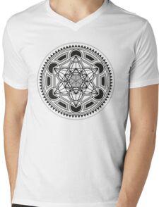 SACRED GEOMETRY - METATRONS CUBE - FLOWER OF LIFE - SPIRITUALITY - YOGA - MEDITATION Mens V-Neck T-Shirt