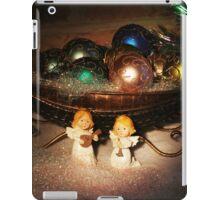 Christmas Scene. Greeting card. iPad Case/Skin