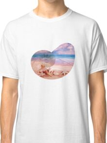 On the beach Classic T-Shirt