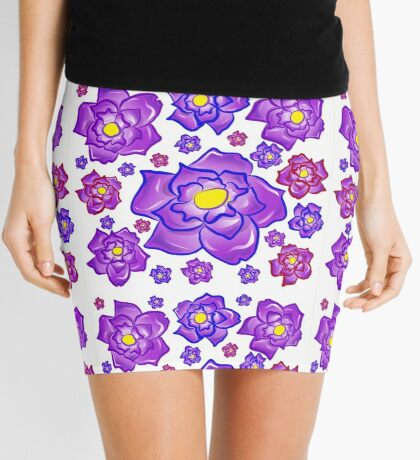 Feminine white and purple floral piece Mini Skirt