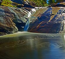 Marrinup Falls by threewisefrogs