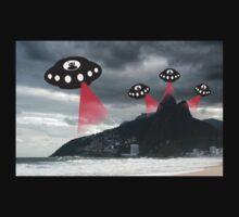 Alien invasion, Rio de Janiero by funkyworm