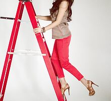 Photoshoot - Up The Ladder by Yannik Hay