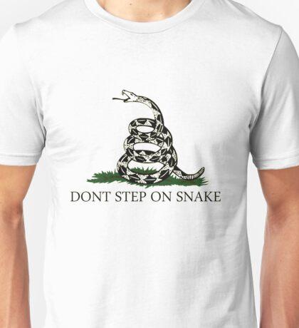 DONT STEP ON SNAKE Unisex T-Shirt