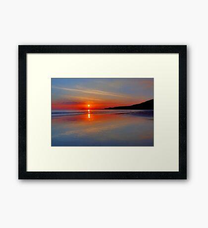 Sunrise on the coast Framed Print
