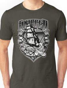Nautical Vintage Skipper Old Ship in Big Waves Unisex T-Shirt