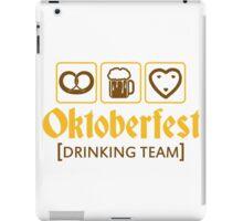 drinking team brezeln bier krug saufen trinken party feiern lebkuchenherz krug spaß essen hunger trinken alkohol symbol cool shirt oktoberfest  iPad Case/Skin