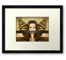 Mute witness Framed Print