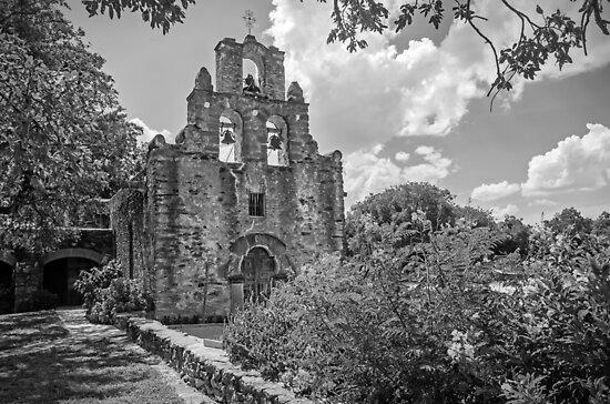 Mission Espada -  San Antonio Texas USA by TonyCrehan