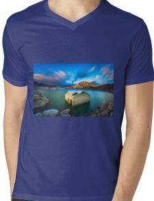 Amadorio building revealed by falling water at sunset Mens V-Neck T-Shirt