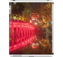 Illuminated The Huc bridge on Hoan Kiem Lake. iPad Case/Skin