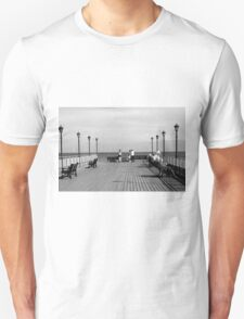 Pier End View, Skegness T-Shirt