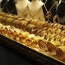 Gold, gold, gold! by Marjolein Katsma