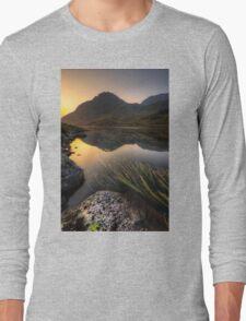 Tryfan Mountian  Long Sleeve T-Shirt