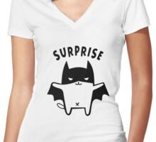 Gotham Surprise Cat Women's Fitted V-Neck T-Shirt