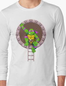 Don hanging out Long Sleeve T-Shirt