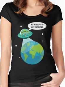 UFO: No Intelligent Life Detected on Earth  Women's Fitted Scoop T-Shirt