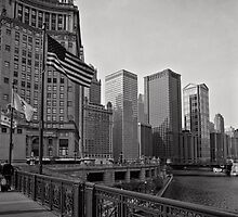 Crossing Over - Chicago by Norman Repacholi