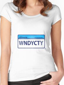 WNDYCTY Women's Fitted Scoop T-Shirt