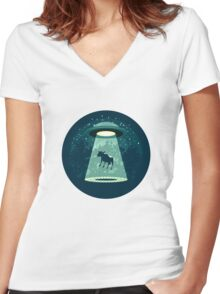 Beware UFO Women's Fitted V-Neck T-Shirt