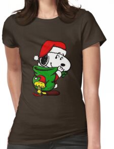 Santa Snoopy Beautiful christmas Womens Fitted T-Shirt