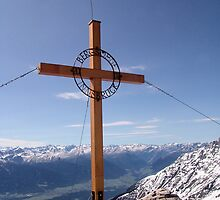 Innsbruck Cross by Francis Drake