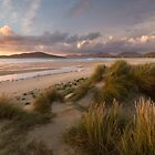 Traigh Sheileboist. Sunset over Taransay. Isle of Harris.  Scotland. by PhotosEcosse